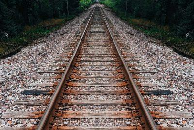 Les Cambres catalanes demanen inversions urgents a la línia ferroviària Lleida-Barcelona