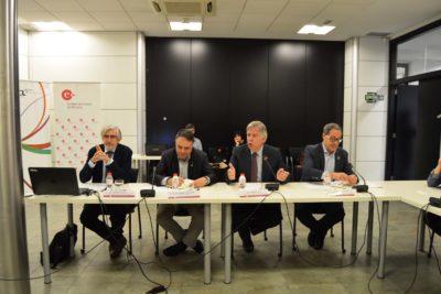 La jornada de la Cambra sobre les ciutats mitjanes reclama aprofundir sobre la governança del territori